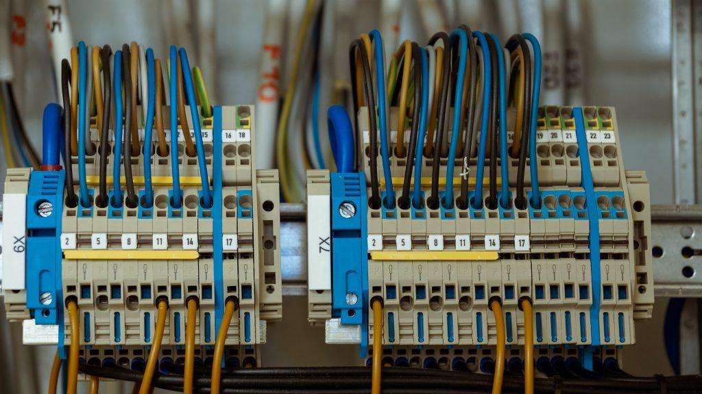 Pomiary-elektryczne-Salwis