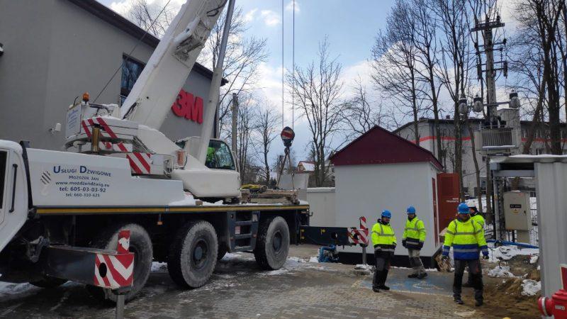 Posadowienie stacji transformatorowej w Skomielna Białej